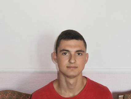 Комар Юрій, А-31, член збірної команди коледжу з плавання